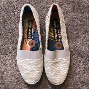 Dirty Laundry slip on shoes